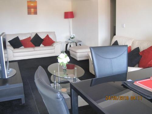 Seaham Apartment Close to Beach up to 7 Guests