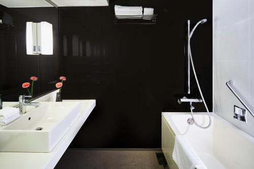 A bathroom at Citadines Kyoto Karasuma-Gojo