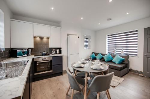 Central location ideal for contractors, families and business travellers