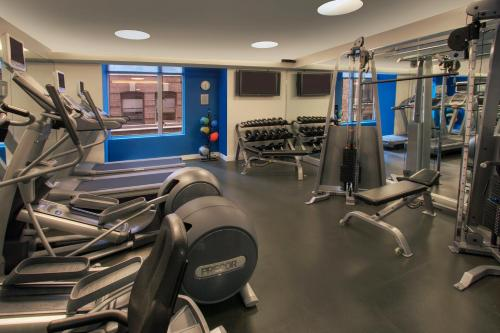 The fitness center and/or fitness facilities at Kimpton Nine Zero Hotel