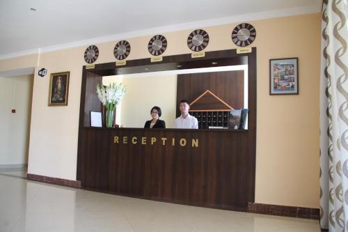 The lobby or reception area at Hotel Jipek Joli