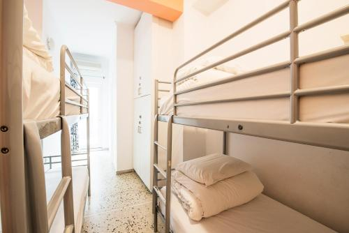 A bunk bed or bunk beds in a room at Safestay Athens