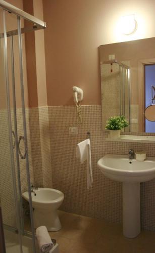 A bathroom at Ankon Hotel