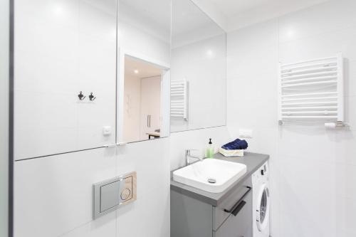 Łazienka w obiekcie Apartamenty Warszawska