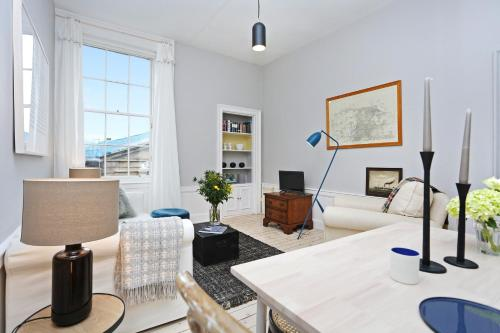 ALTIDO Broughton Bolthole - Chic Haven In Amazing Location