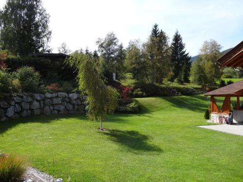 Vonkajšia záhrada v ubytovaní Ferienwohnung Irmgard