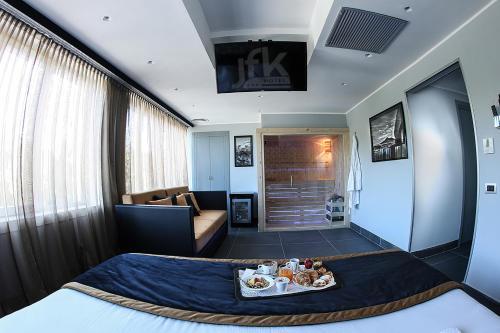 Area soggiorno di Best Western JFK Hotel