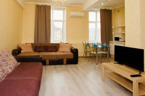Гостиная зона в KvartiraSvobodna - Apartaments Kievskaya 2room studio