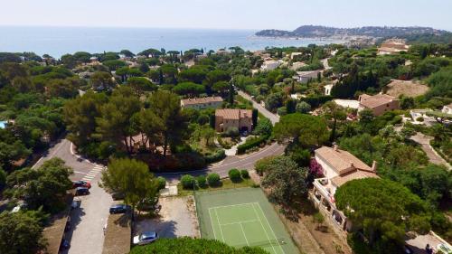 Vue panoramique sur l'établissement Hotel Residence Beach