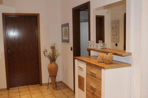A bathroom at Ferienwohnung Sendelbeck