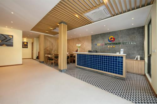 The lobby or reception area at Viryla Boutique Hotel