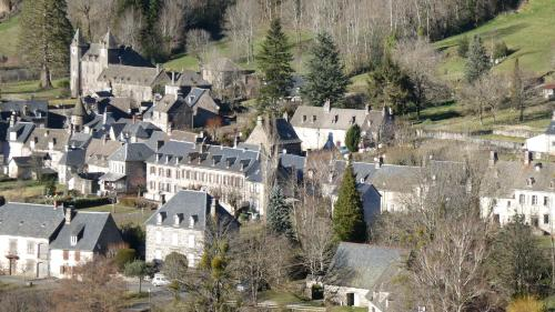 A bird's-eye view of Auberge de l'Aspre