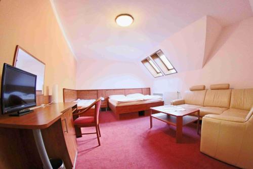 Posezení v ubytování Hotel Koruna