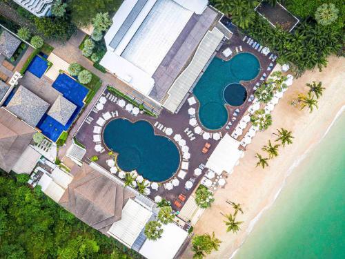 Een luchtfoto van Pullman Pattaya Hotel G