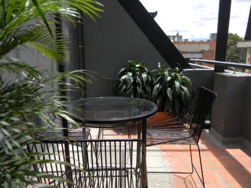 A balcony or terrace at Soy Local Parque La 93