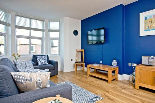 9 At The Beach, Torcross