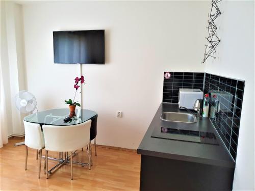 Cucina o angolo cottura di Epstein Apartments