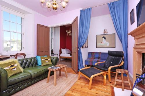 ALTIDO Old Town Gem - Apartment with Great City Views