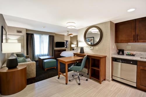 A kitchen or kitchenette at Homewood Suites by Hilton Pleasant Hill Concord