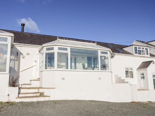 5 Porthdafarch South Cottages