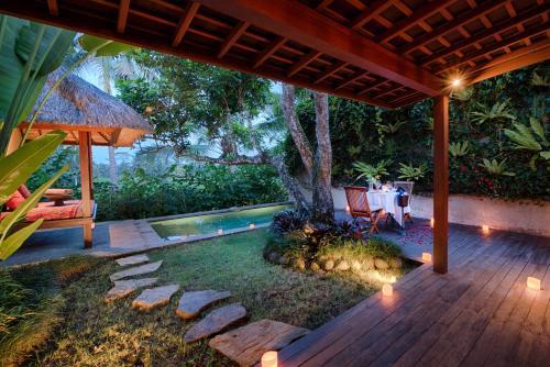 The swimming pool at or near Temuku Villas Ubud