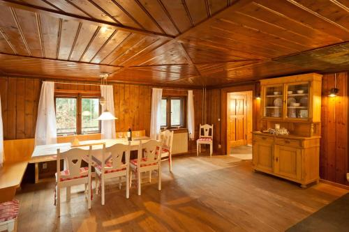 Wald-Ferienhaus-Seefried