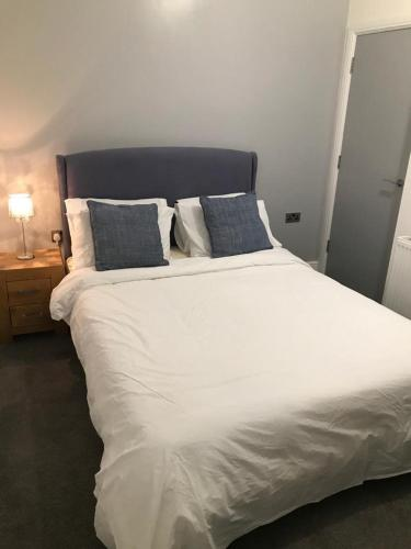 Blackpool Central 3 Bedroom Apartments near WINTER GARDENS