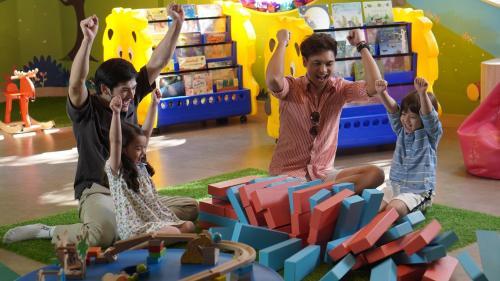 Kinderen die verblijven bij Amari Pattaya