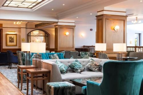 The lounge or bar area at Kingsmills Hotel, Inverness