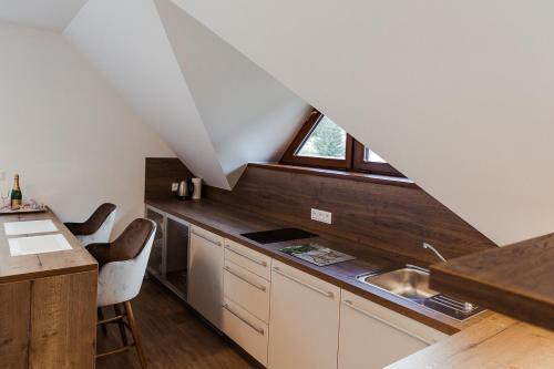 Kuchyň nebo kuchyňský kout v ubytování Villa Silvia