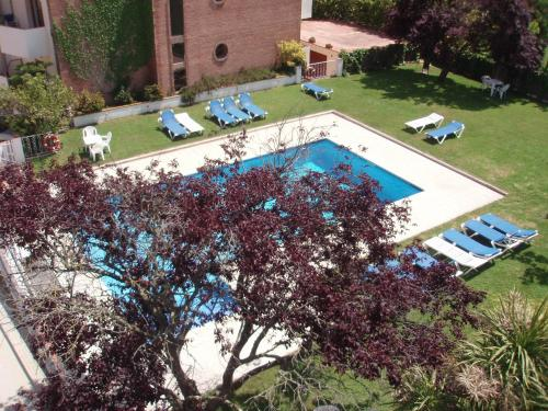 A view of the pool at Hotel Ancora or nearby