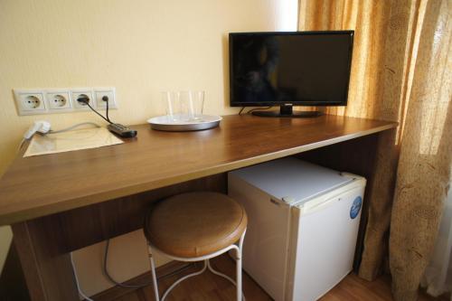 Телевизор и/или развлекательный центр в Дом Отдыха Компонент