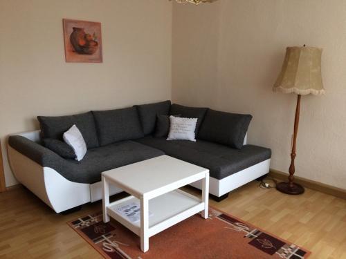 Ein Sitzbereich in der Unterkunft Ferienwohnung Buschbeck