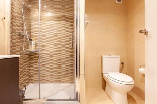 A bathroom at Studio Alboran