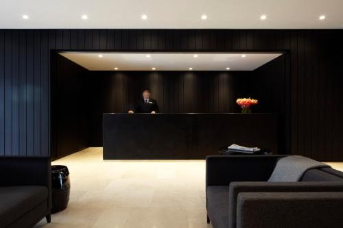 The lobby or reception area at Burbury Hotel