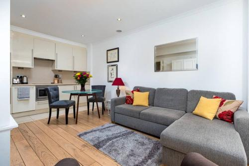 Apartment 205 - Nell Gwynn House - Chelsea