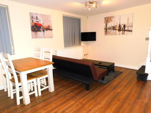 DJS - Comfort City Apartment