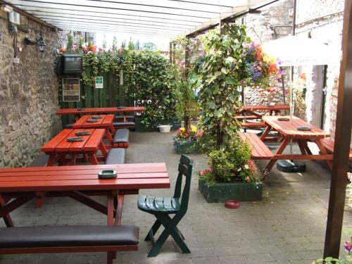 A porch or other outdoor area at The Cross Keys