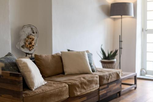 Uma área de estar em Stylish, Luxurious Home with Balcony in Famous Pietermaai District