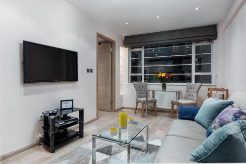 Apartment 216 - Nell Gwynn House, Chelsea