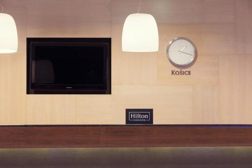 A television and/or entertainment center at DoubleTree By Hilton Košice