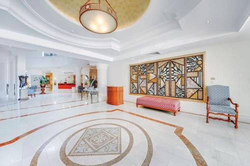 The lobby or reception area at Broadbeach Holiday Apartments