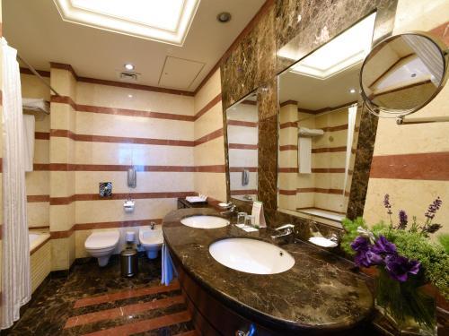 حمام في روشة أرجان من روتانا