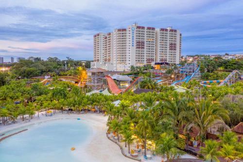 Uma vista da piscina em Wyndham Olímpia Royal Hotels ou nos arredores