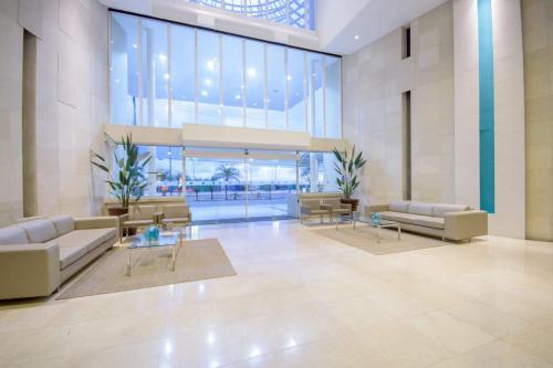 The lobby or reception area at Oasis Atlantico Fortaleza