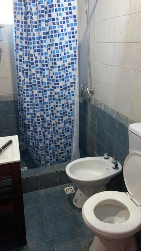 A bathroom at Luis's House Ezeiza Airport