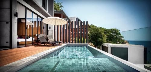 The swimming pool at or close to Jamahkiri Resort & Spa