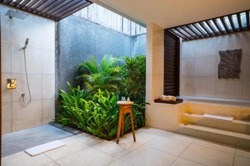 Ванная комната в Merusaka Nusa Dua