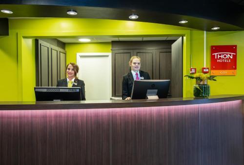 Staff members at Thon Hotel Slottsparken