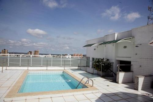 The swimming pool at or near Regente Apart Hotel